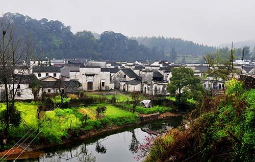 美丽乡村建设,污水治理先行,政策和技术支持两手抓